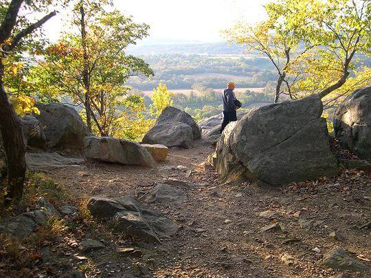 NJ Travel: Beautiful Places in New Jersey, Point Mountain in Hunterdon County