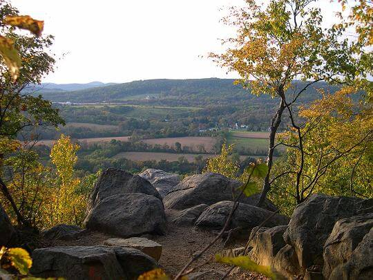 NJ Travel: Beautiful Places in New Jersey, Point Mountain in the Autumn