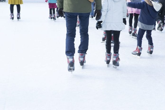 Best Outdoor Ice Skating Rinks and Ponds in NJ