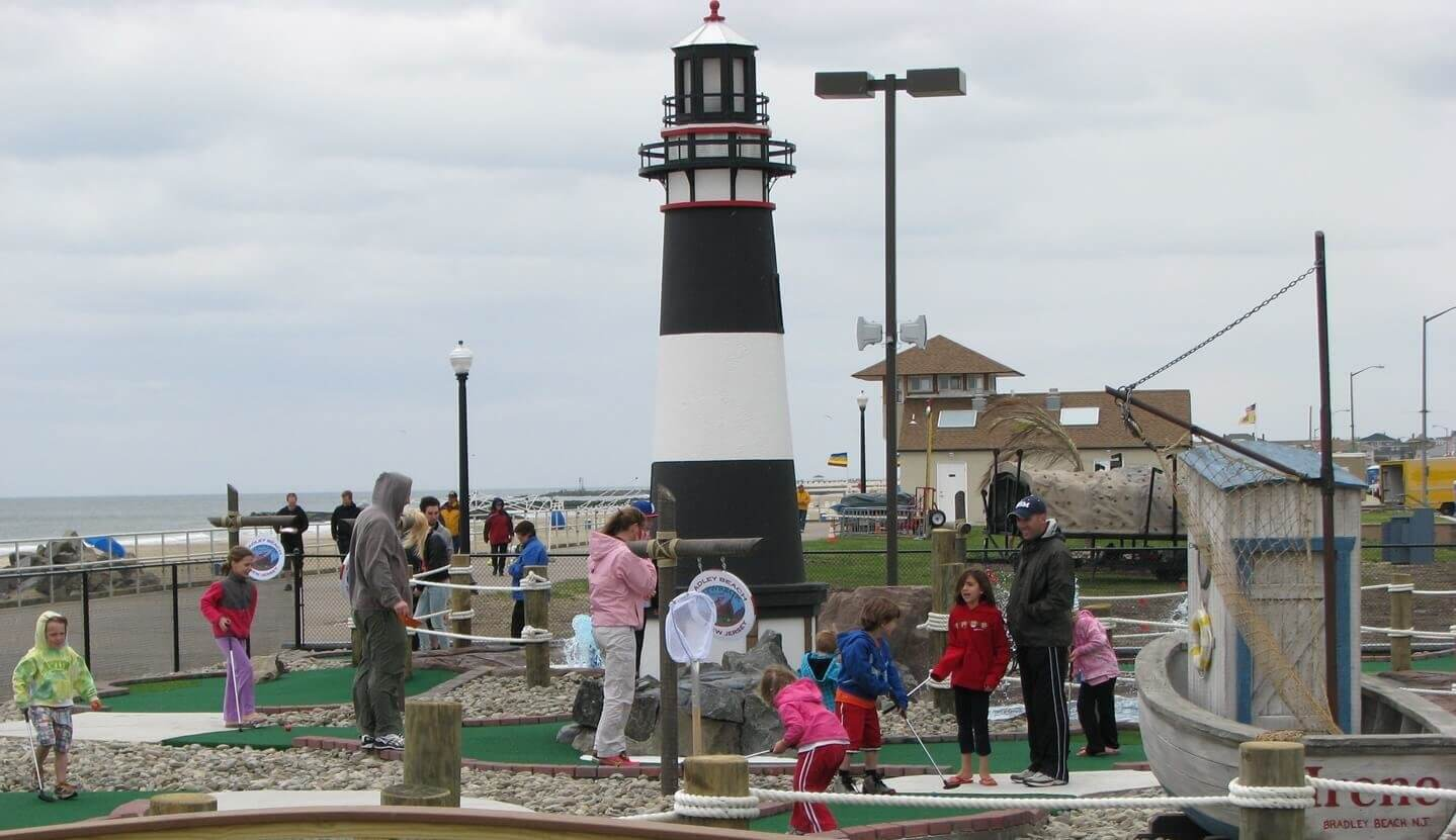 lighthouse with families