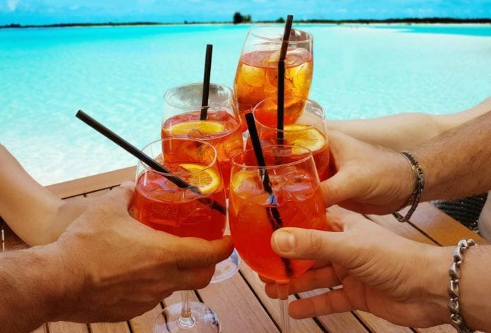 All About Summer's Coolest Drink: The Spritz