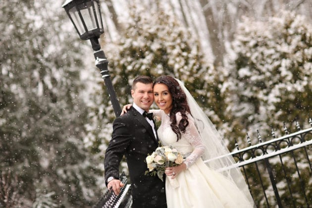 Gabelli Studio Couple in Snow