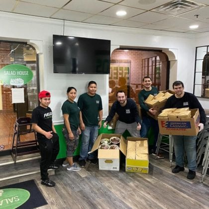 The Salad House Restaurant Giving Back though meal donation